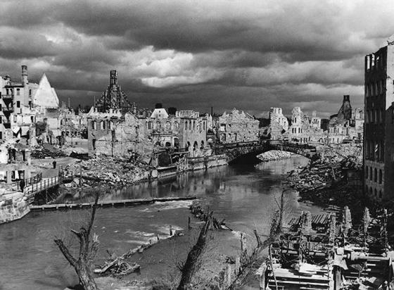 Руины Нюрнберга. 1945