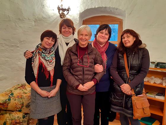 Сотрудницы центра с французскими коллегами во время международной программы «СестроКитеж»