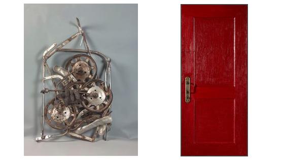 Слева: А.П. Жданов. Коляска. 1972. ОбъектСправа: М.А. Рогинский. Дверь. 1965. Объект / © Государственная Третьяковская галерея