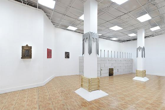Вид экспозиции выставки «Кита» в галерее Fragment. Москва. 2021