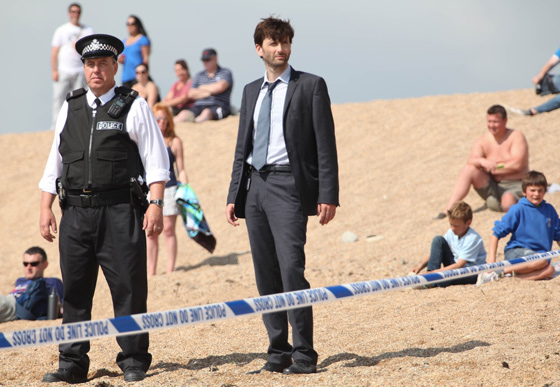 """Убийство на пляже"""