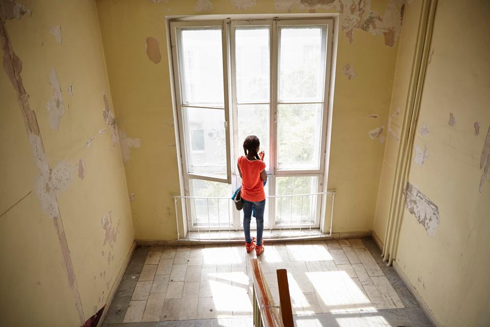 Смотреть про девушек которые попали в секс рабство фото 382-542