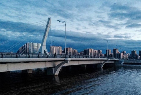 В северной столице начали сбор подписей против присвоения мосту имени Кадырова